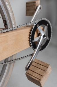 COCO-MAT WOODEN BIKE_low res. trappers